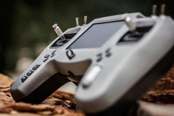 TBS TANGO - Race Drone Fernbedienung