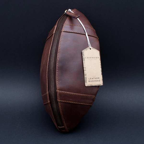 """Kulturtasche aus Echtleder """"American Football"""""""